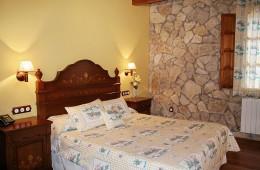 """Casa Rural Tierras de Moya - suite """"El Ayntamiento"""""""