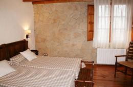 """Casa Rural Tierras de Moya - suite """"Puerta de San Diego"""""""